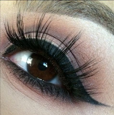 297bd8e3962 Loving this extreme closeup by ✨@DeadBeauty_Mua✨ with Flutter® Lashes in  #Ashley from our Dramatic Collection