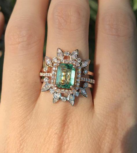 -4.80 carat poids total Simulated Diamond Ring en 14K or jaune sur argent sterling-Taille 7