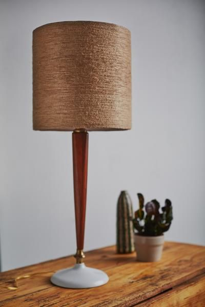 A Fall Inspired Jute Twine Wrapped Diy Lampshade Diy Lamp Shade Antique Lamp Shades Diy Lamp