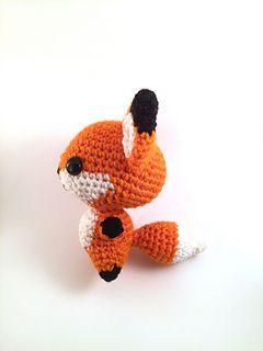 Ravelry: Crochet Fox pattern by Junuen Lisunia | 320x240