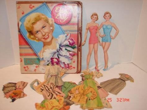 VINTAGE UNCUT 1953 DORIS DAY PAPER DOLLS~#1 REPRODUCTION~GLAMOROUS~VERY RARE!
