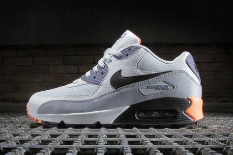 Nike Air Max 90 Essential Light Base Grey Black–Iron