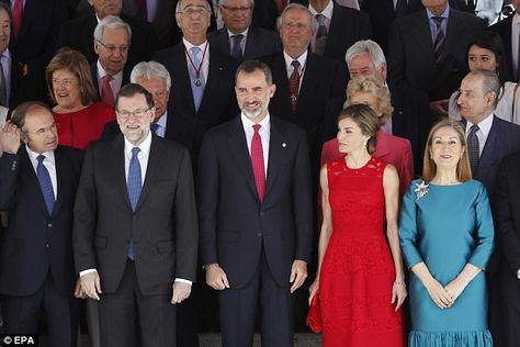 Queen Letizia and King Felipe VI chaired a special session in Parliament's Lower Chamber on Wednesday to mark the 40th anniversaryof the 1977 democratic election.