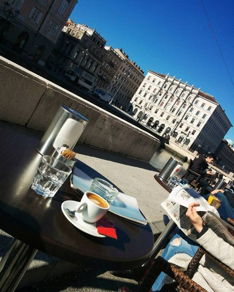 March 8th  #8marzo #8mapta #festadelladonna #tagforlikes #trieste #coffee #espresso #bellavita #beautifulday #womansday #lovely #march8#runlikeagirl #workingwomen #delicious #instacoffee #coffetime #coffeelover #barista #coffeshop #italianespresso #italianstyle