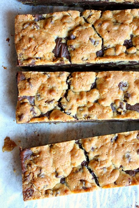 Gooey Chocolate Chip Sandwich Bars #recipe