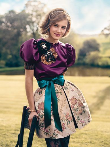 I love this outfit and I really like her, she seems like a MUCH better celebrity for girls to like instead of Lohan or whoever. Emma Watson for Teen Vogue (photo by: Norman Jean Roy)