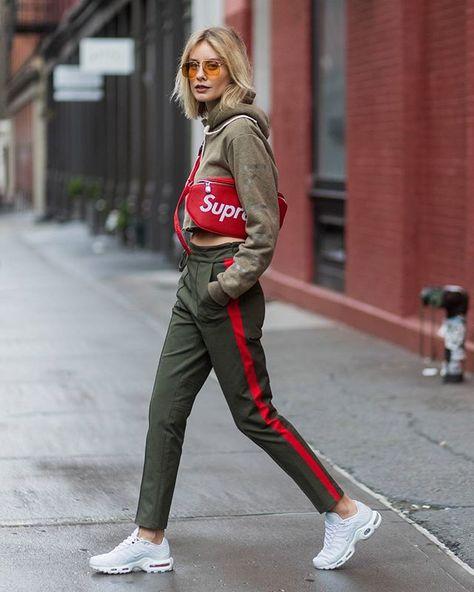 @lisahahnbueck during #nyfw |  www.thestyleograph.com  #lisahahnbueck photographed by #thestyleograph #christianvierig #streetstyle #streetfashion #womensfashion #fashionphoto #fashionmoment #photooftheday #nofilter