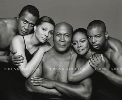 The original cast of roots - Chicken George (Ben Vereen), Kizzy (Leslie Uggams), Older Kunta Kinte (John Amos), Binta -Kunta's mother (Cicely Tyson), Young Kunta Kinte (LeVar Burton). Black Actors, Black Celebrities, Black Actresses, Celebs, Black History Facts, Black History Month, My Black Is Beautiful, Black Love, Black Art Pictures