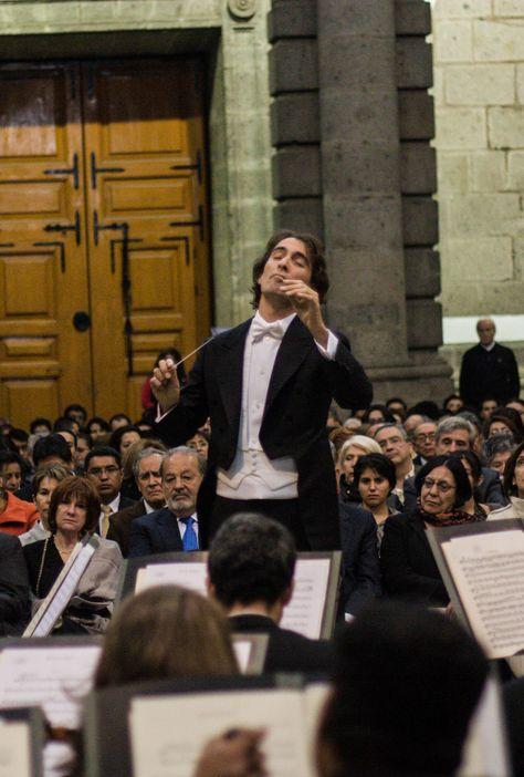 Concierto de la Orquesta Sinfónica de Minería. Director invitado: Carlo Ponti.