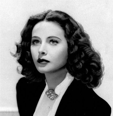8X10 PHOTO HEDY LAMARR  HOLLYWOOD LEGEND AND GREAT BEAUTY !!!!!