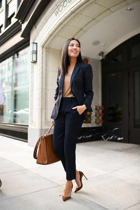 Classical Work Outfit For Winter - business professional outfits offices Women Business Attire, Business Formal Women, Business Professional Outfits, Professional Wardrobe, Business Casual Outfits, Work Wardrobe, Business Fashion, Women's Career Outfits, Professional Fashion Women