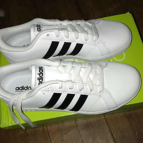 adidas Shoes | Adidas Baseline K Sneakers Size 3, Brand New