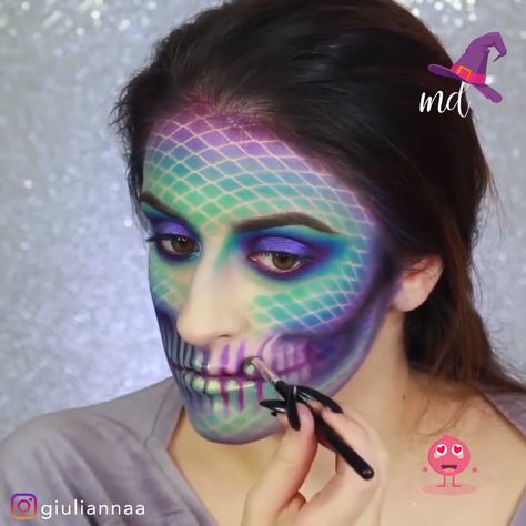 Mermaid skull Halloween tutorial everyone would love!