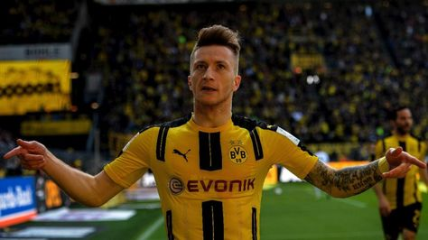 Marco Reus FIFA 17 wallpaper  https://free4kwallpapers.com/wallpaper/games/marco-reus-fifa-17/OGMN |  Desktop Wallpapers | Pinterest | Marco reus and Hd ...