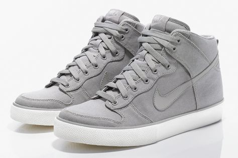 Nike Dunk Hi AC Tier Zero...if only for Women *sigh* wait.... Find in little boys sizes to fit woman