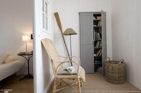 La Maison sur le Quai, maison de pêcheurs rénovée en gite de charme face à la mer en Normandie, Port-en-Bessin-Huppain, Les Filles du Bord de Mer *. - user