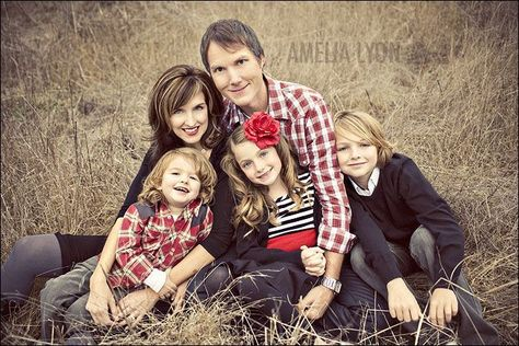 posing a family of five - Google Search