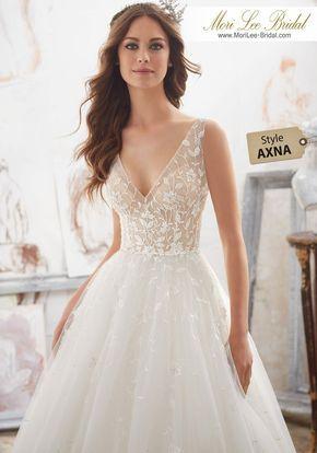 Axna Dahlia Wedding Bouquets In 2019 Crystal Wedding Dresses