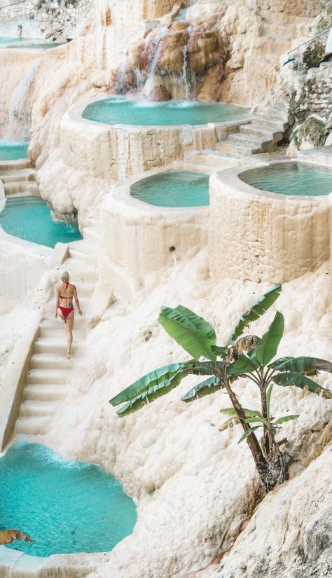 Relaxing at Grutas Tolantongo hot pools // Are you planning a trip to Mexico? Check out these incredible Mexico vacation destinations you didn't know existed!
