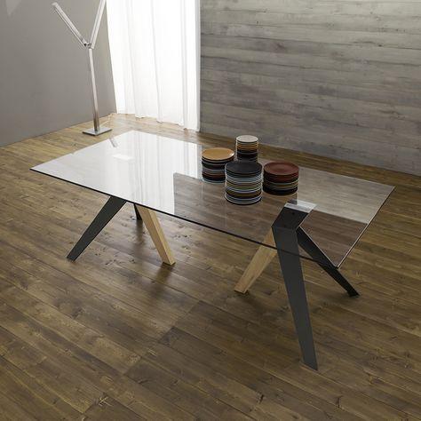 Tavoli Da Pranzo Vetro E Legno.Tavolo Da Pranzo Con Piano In Vetro E Gambe In Metallo E Legno