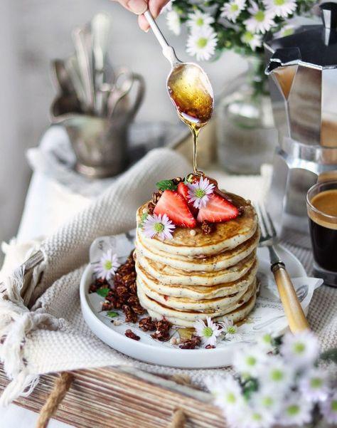 Vegan Strawberry poppyseed pancakes   nm_meiyee