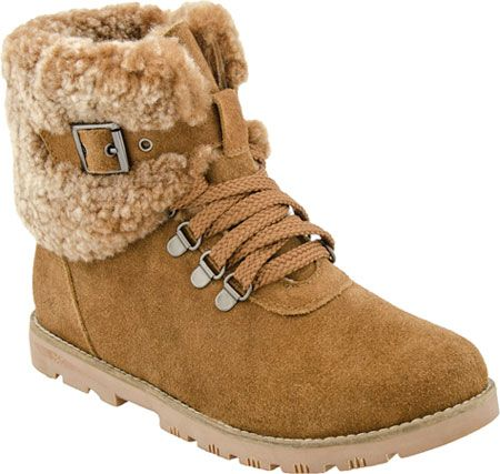 Stay cozy in Dije California Mammoth boots   Uggs, Ugg boots