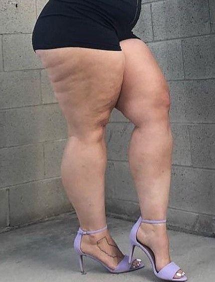 Farah Sitlinge Adli Kullanicinin 1 Leg Big Hopes To Men Mouth