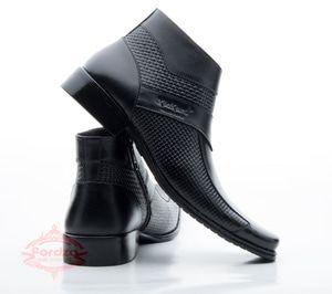Pin Oleh Ria Alaniyah Di Pakaian Pria Di 2020 Sepatu Boot Pria