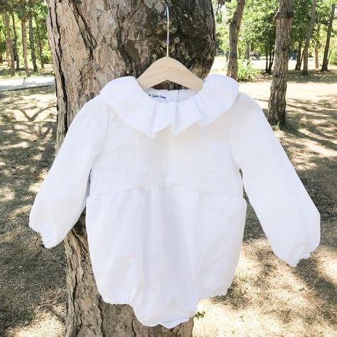 Как я выбираю ткани для своих изделий? ⠀ Идеальная ткань для деток - это лён. В ней кожа малыша будет дышать, а малыш не будет потеть и болеть. Именно поэтому 99% наших изделий -льняные. ⠀ ✅ Лён отлично пропускает воздух и поддерживает постоянный теплообмен ⠀ ✅Лён не вызывает аллергии ⠀ ✅Антибактериальные свойства льна не дают шанса бактериям и грибкам атаковать организм человека ⠀ ✅Льняная одежда прослужит вам не один год, а от стирок она делается только лучше и мягче ⠀ ✅ Льняная одежда очень с