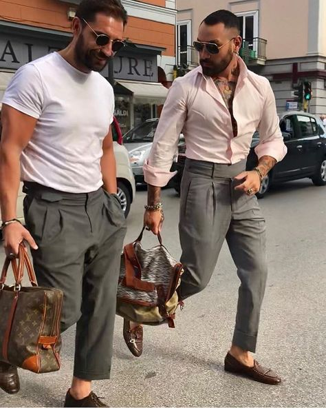 Sprezzatura Explained: Pull Off Looking Effortlessly Stylish sprezzatura style pitti uomo nice oxfords oxford shoes how to wear fedoras types of suits men's wear llegance how to wear a suit how to wear sprezzatura look classy put lit