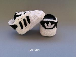 Crochet Pattern baby Adidas