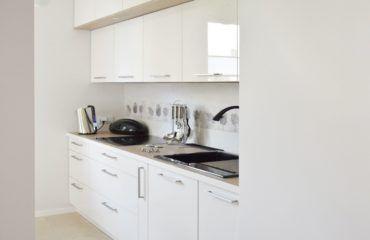 Waska Kuchnia W Bloku 1 Kitchen Cabinets Kitchen Home Decor