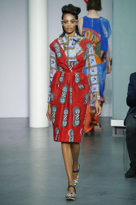 Stella Jean Spring 2016 Ready-to-Wear Fashion Show Collection: See the complete Stella Jean Spring 2016 Ready-to-Wear collection. Look 15