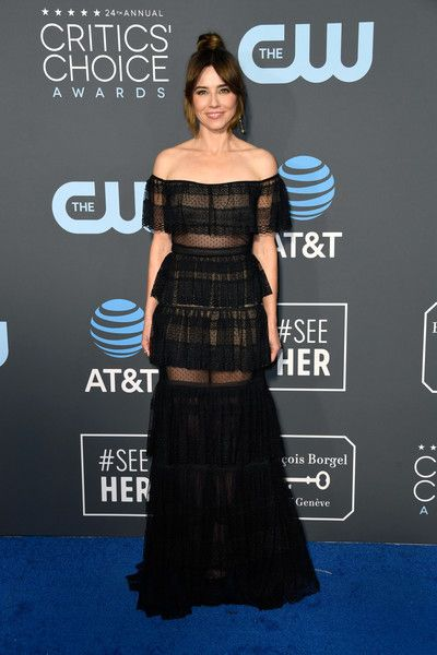 Linda Cardellini attends the 24th annual Critics' Choice Awards at Barker Hangar.