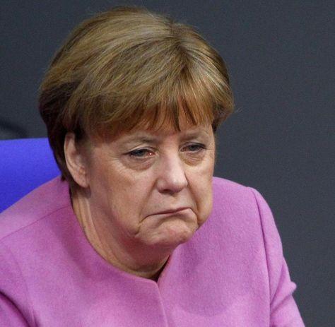 Angela Merkel Scheint Im Wahlkampf Auf Ihr Gesass Zu Setzen