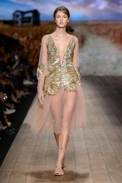 Elisabetta Franchi, Spring 2018 - Milan's Most Fabulous Dresses for Spring 2018 - Photos