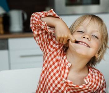 سبب رائحة الفم الكريهة عند الاطفال وأفضل الطرق لعلاجها Baby Face Face Baby
