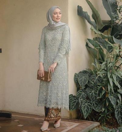 7 Padupadan Kebaya Modern dengan Hijab Warna Pastel untuk Kondangan    Pakaian pesta, Model pakaian wanita, Model baju wanita