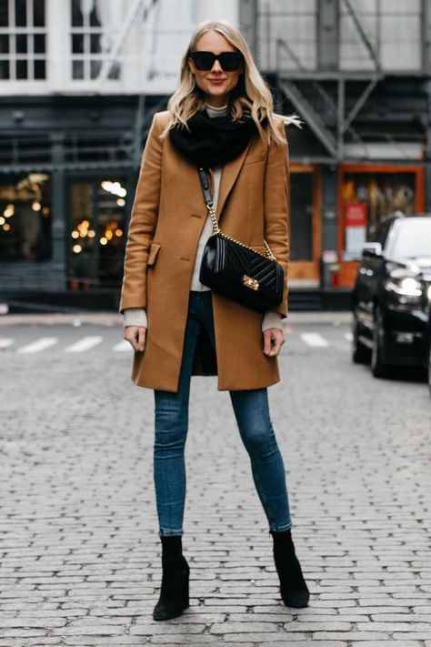 Why I Always Buy a Camel Coat | Fashion Jackson #camelcoat #fallstyle #ootd