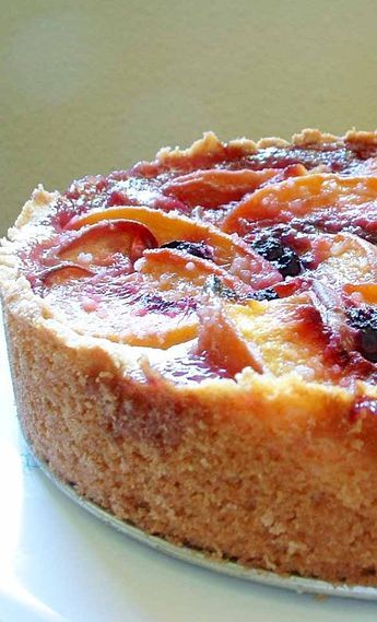 Blueberry Cake Peach Blueberry Cake ~ Elegant peach and blueberry cake with a rich, buttery, biscuit-like crust. ~ Peach Blueberry Cake ~ Elegant peach and blueberry cake with a rich, buttery, biscuit-like crust. Just Desserts, Delicious Desserts, Dessert Recipes, Elegant Desserts, Homemade Desserts, Peach Blueberry Cake Recipe, Peach Cake Recipes, Peach Blueberry Cobbler, Plum Recipes