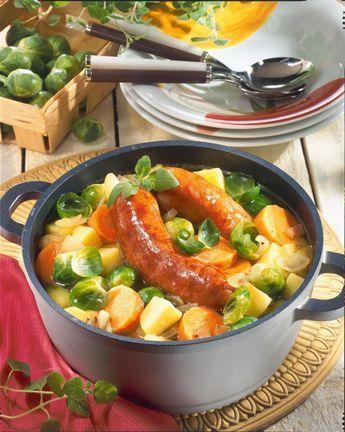 Unser beliebtes Rezept für Rosenkohl-Möhren-Kartoffel-Eintopf und mehr als 55.000 weitere kostenlose Rezepte auf LECKER.de.
