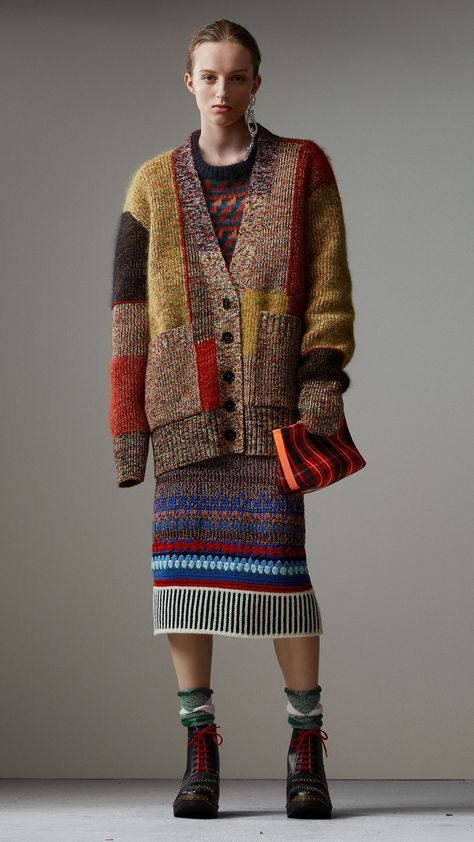 Burberry always does a stunning work with knits ^_^ Burberry Wool Linen Mohair Blend Mouliné Oversized Cardigan