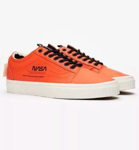 Details about VANS Old Skool X NASA SPACE VOYAGER Firecracker Orange ... 06d70cebb