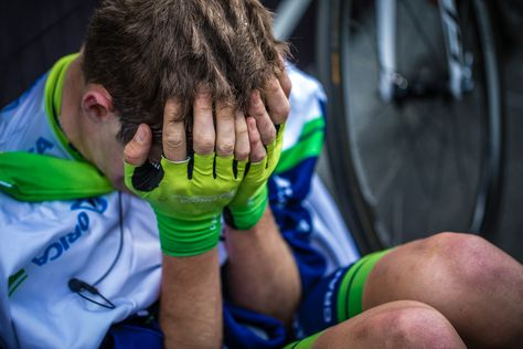 Photo Essay: The 2014 Giro d'Italia, in the Apennines - Declining TV and press interviews, or any extra attention, Orica's Luke Durbridge takes solace in a quiet corner at the finish line. Photo: BrakeThrough Media | brakethroughmedia.com