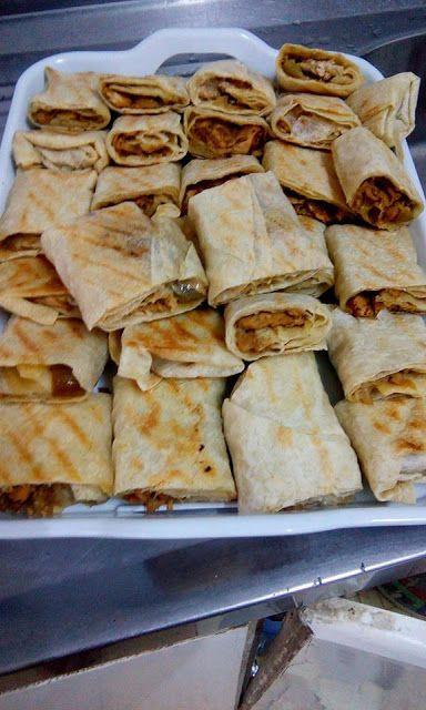 طريقة عمل الشاورما المنزلية بتتبيلة ولا اطيب ولا اشهى Shawarma Recipe Middle East Recipes Recipes