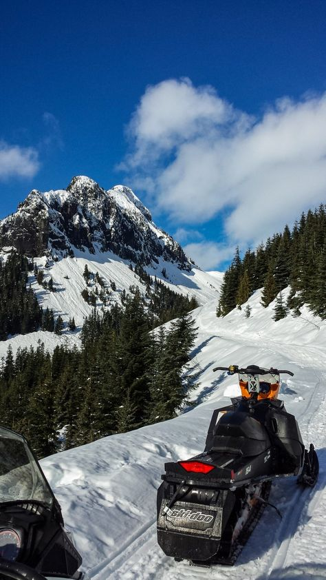 Winter in Canada brings all kinds of fun activities. You don't need to ski or snowboard though, instead how about taking a snowmobile tour in Whistler? Winter Cabin, Winter Fun, Winter Sports, Whistler, Snowboarding, Skiing, Snowmobile Tours, Country Girl Life, Winter Photos