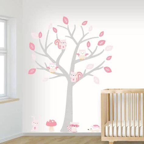 Muurstickers Kinderkamer Uil.Woodland Moderne Muursticker Zachte Kleuren Boom Konijn