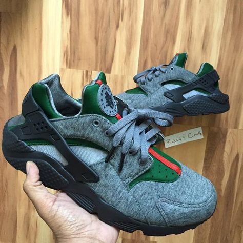 16192ab28ab61 Custom Fleece Nike Air Huarache x Gucci - OGV Shop