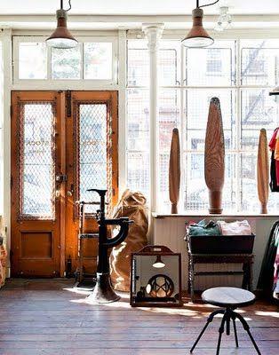 love the windows, wood door, etc Modern house design