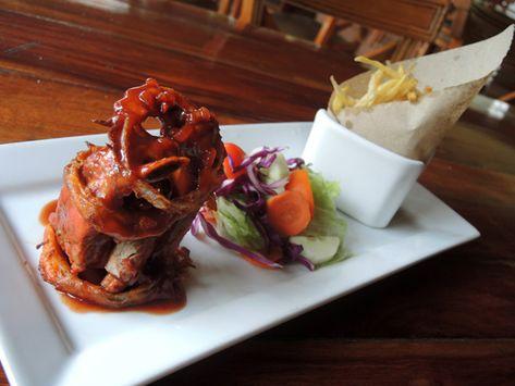 12 of the Best Restaurants in San Ignacio, Belize
